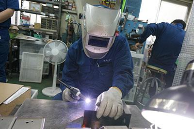 高い溶接技術でアルミ、ステンレスなど難加工材にも対応