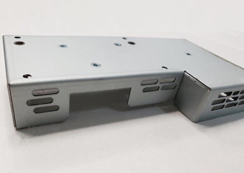 医療機器関連の内部部品(SECC-1.0t)